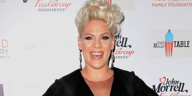 BEVERLY HILLS, CA - OCTOBER 25:  Singer Pink attends the No Kid Hungry campaign fundraising dinner at Ron Burkle's Green Acre