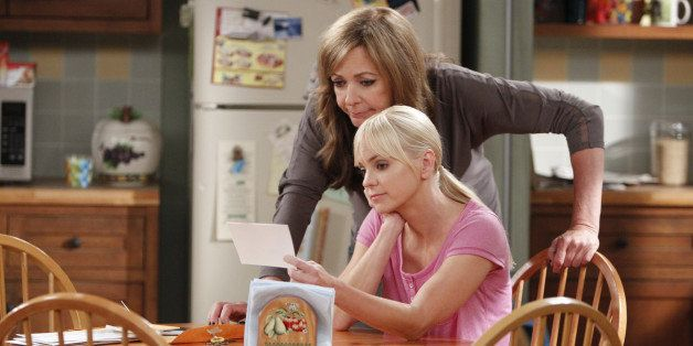 LOS ANGELES - JULY 25: 'Hepatitis and Lemon Zest' -- Bonnie (Allison Janney, left) is furious when Christy's (Anna Faris, rig