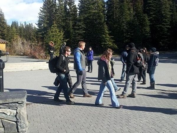 Sean Lowe on group date on Wednesday in the town of Banff (Alberta, Canada).