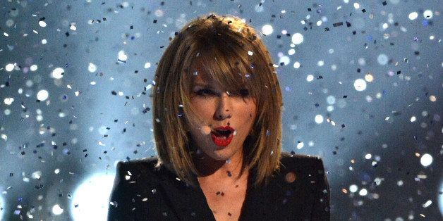 LONDON, ENGLAND - FEBRUARY 25:  Taylor Swift performs live on stage at the BRIT Awards 2015 at The O2 Arena on February 25, 2