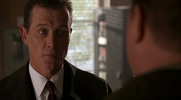 """Doggett looks into an old case about a """"soul-eater."""" The episode featured a return appearance by Duchovny."""