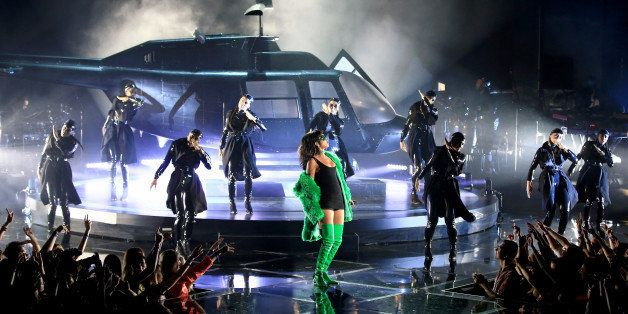 LOS ANGELES, CA - MARCH 29:  iHEARTRADIO MUSIC AWARDS -- Pictured: Recording artist Rihanna performs onstage at the iHeartRad