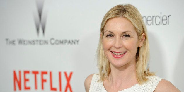 Kelly Rutherford arrives at The Weinstein Company and Netflix Golden Globes afterparty at the Beverly Hilton Hotel on Sunday,