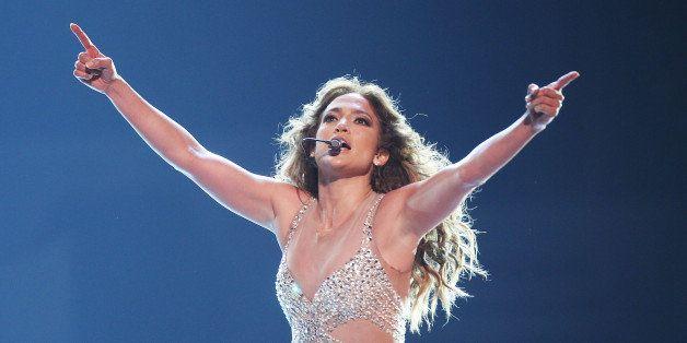 SYDNEY, AUSTRALIA - DECEMBER 14:  Jennifer Lopez performs on stage at Allphones Arena on December 14, 2012 in Sydney, Austral