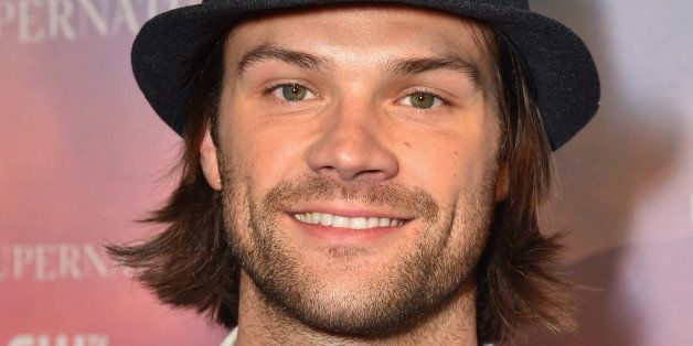 LOS ANGELES, CA - NOVEMBER 03:  Actor Jared Padalecki attends the CW's Fan Party to Celebrate the 200th episode of 'Supernatu