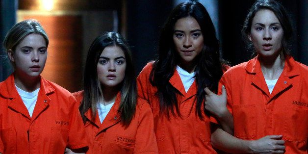 PRETTY LITTLE LIARS - 'Welcome to the Dollhouse' - It's the beginning of all the answers with the biggest 'A' reveal ever (#B