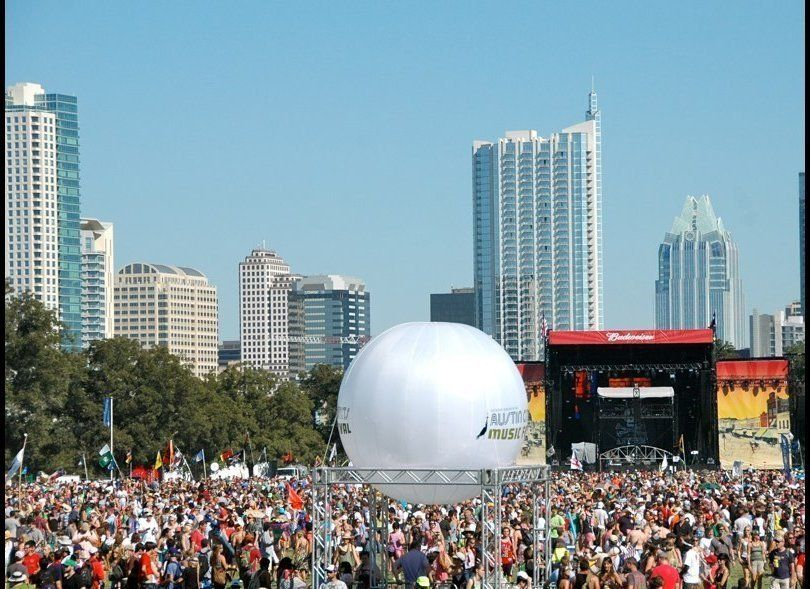 Friday afternoon crowd at ACL  Photo: Virginia Honig