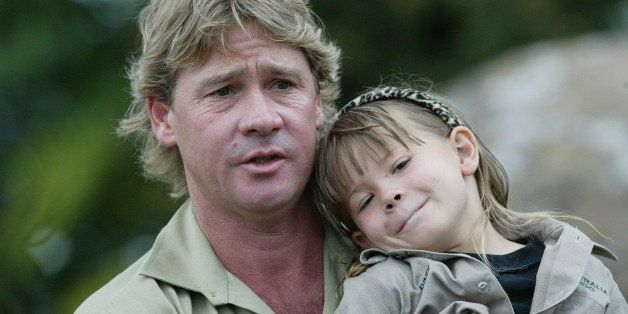 SUNSHINE COAST, AUSTRALIA - JANUARY 3: (EUROPE AND AUSTRALASIA OUT) Steve Irwin and daughter Bindi gives a press conference o