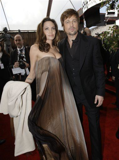 Angelina Jolie Fuels Pregnancy