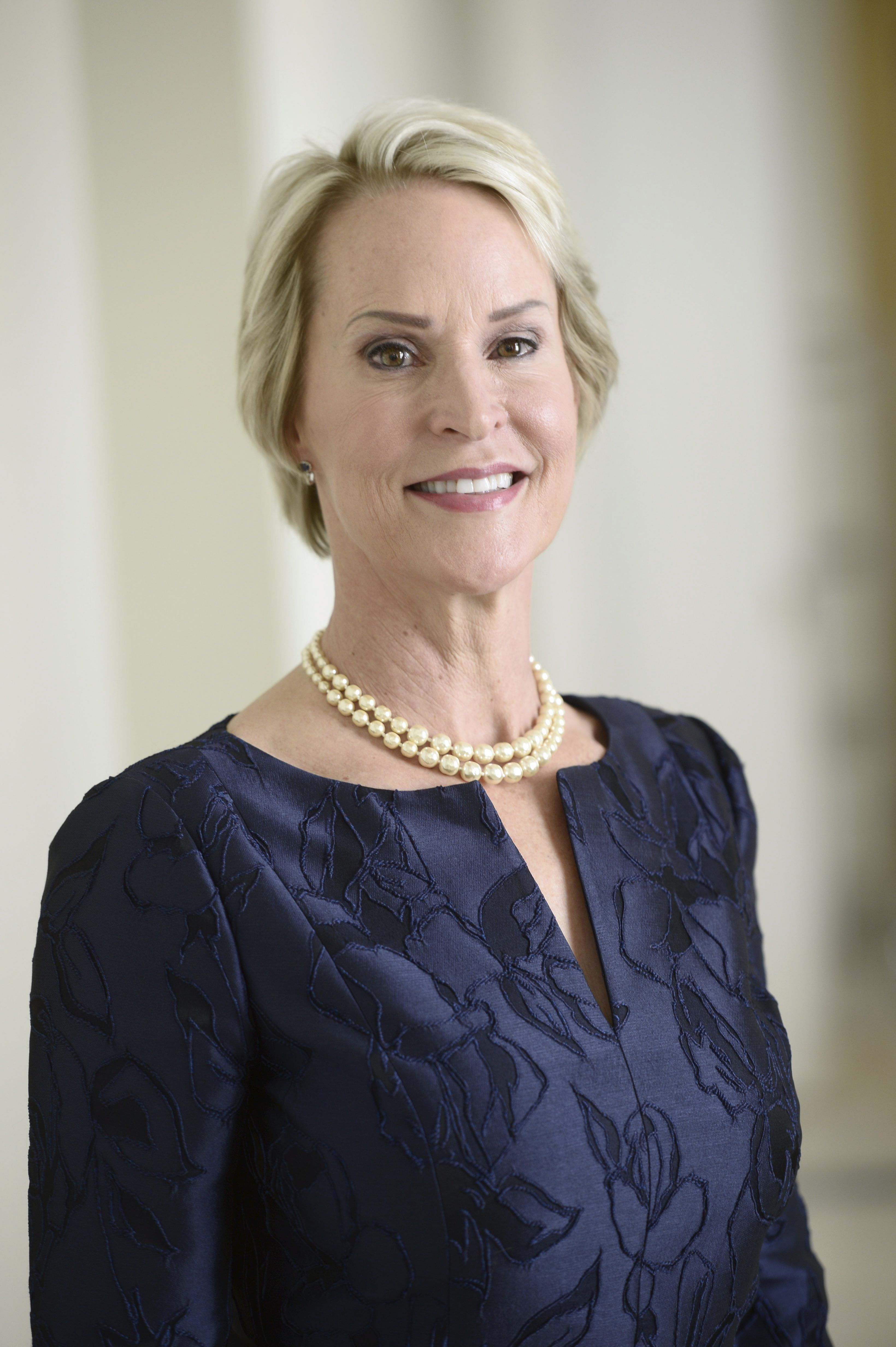 US biochemical engineer Frances Arnold poses after she received the Millennium Technology Prize 2016 in Helsinki, Finland, on May 24, 2016. Arnold won the million-euro technology prize for her work on 'directed evolution'. / AFP / Lehtikuva / Heikki Saukkomaa / Finland OUT        (Photo credit should read HEIKKI SAUKKOMAA/AFP/Getty Images)