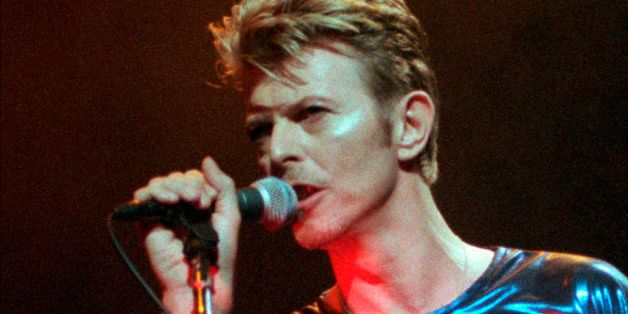 CORRECTS DATE OF DEATH TO SUNDAY, JAN. 10, 2016 - FILE - In this Sept. 14, 1995, file photo, David Bowie performs during a co