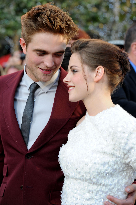 is Bella en Edward nog steeds dating rjackson matchmaking