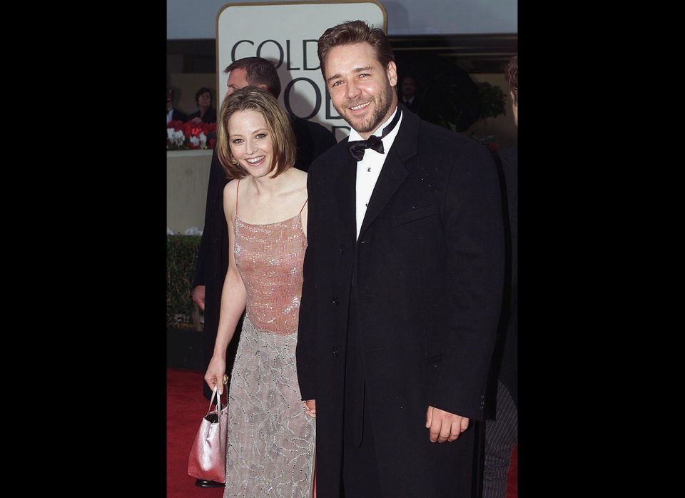 Russell Crowe and Jodie Foster might seem like an odd pairing, but that's exactly what happened at the 2000 Golden Globes, wh