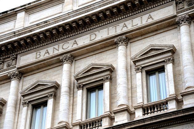 Ιταλία: Επιβεβαιώνεται το έλλειμμα στο 2,4% του ΑΕΠ για το