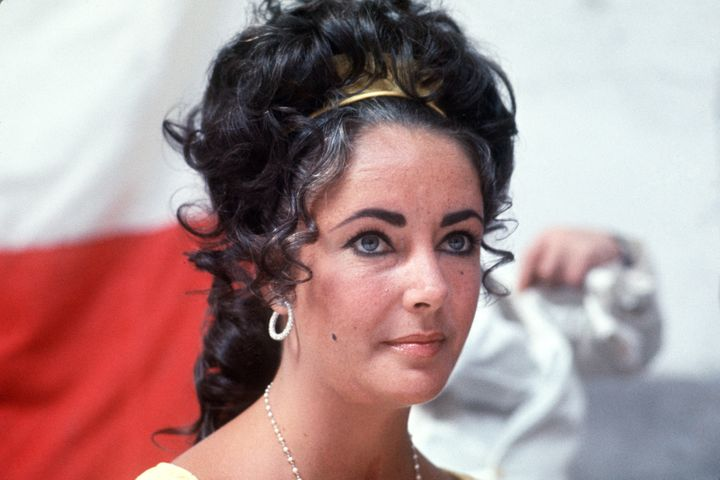 A portrait taken on May 1969 shows American actress Elizabeth Taylor during a reception in Versailles.  AFP PHOTO (Photo cred