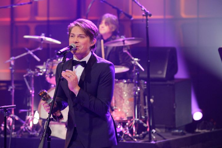 THE TONIGHT SHOW WITH JAY LENO -- Episode 4441 -- Pictured: Taylor Hanson of musical guest Hanson performs on April 9, 2013 -
