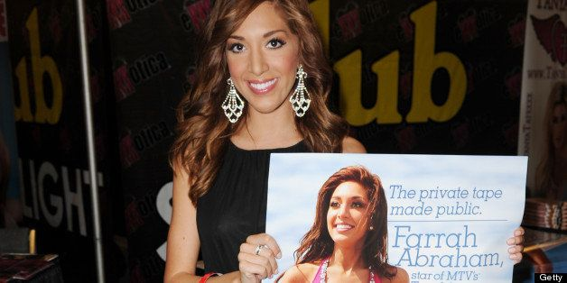 FORT LAUDERDALE, FL - JUNE 01: Farrah Abraham attends Exxxotica Expo 2013 on June 1, 2013 in Fort Lauderdale, Florida. (Photo