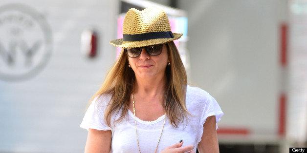 Jennifer dating historie Advarsel skilt online dating profiler