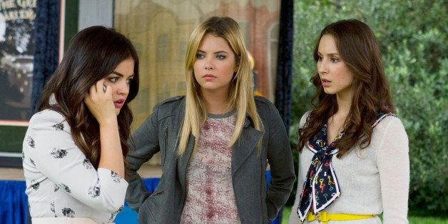 PRETTY LITTLE LIARS - 'Now You See Me, Now You Don't' - 'A' sends the Liars on a quest that leads to Ravenswood in 'Now You S