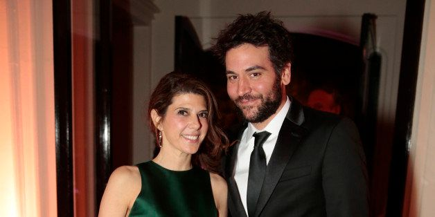 Actress Marissa Tomei and actor Josh Radnor attend the Bloomberg Vanity Fair White House Correspondents' Association (WHCA) d