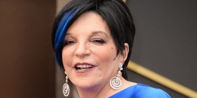 Actress Liza Minnelli arrives on the red carpet for the 86th Academy Awards on March 2nd, 2014 in Hollywood, California. AFP
