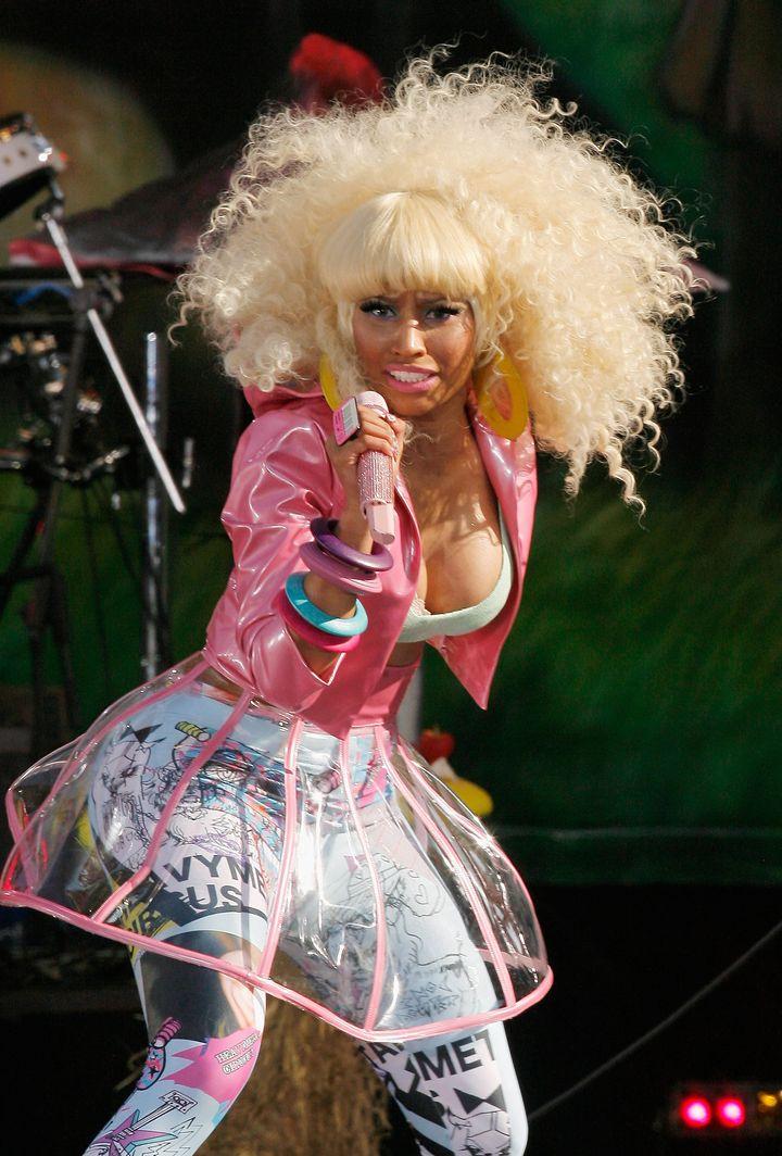 Nicki Minaj Has A Nip Slip On Live TV: Singer Shows Some