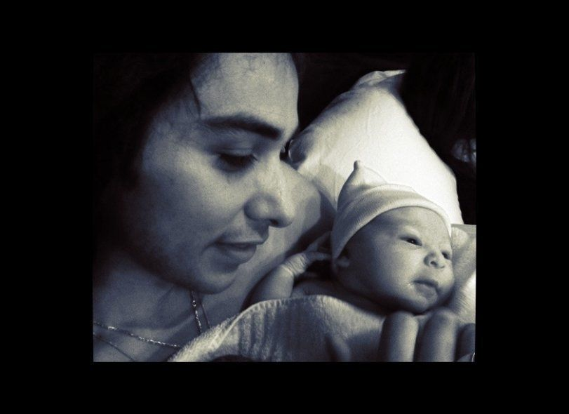 American Idol alum, Jason Castro, reveals a photo of his brand new baby girl.