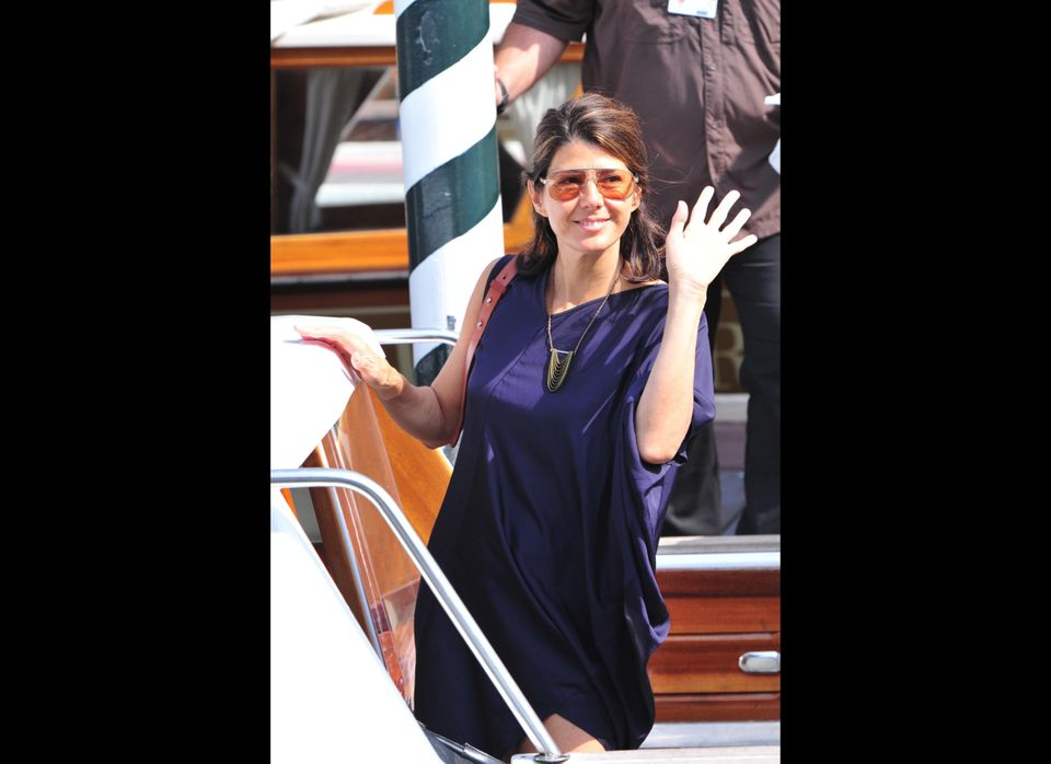 Actress Marisa Tomei boards a boat at the 68th Venice Film Festival on September 2, 2011at Venice Lido.  AFP PHOTO / GIUSEPPE