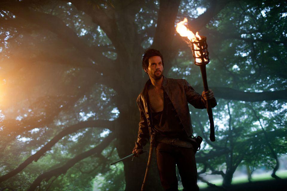 """Tom Riley as Leonardo Da Vinci in Starz's """"Da Vinci's Demons,"""" coming Spring 2013."""