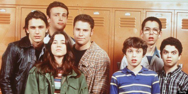 The cast of 'Freaks And Geeks.' From l-r: James Franco (as Daniel), Linda Cardellini (as Lindsay Weir, front, green jacket),