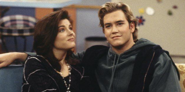 SAVED BY THE BELL: THE COLLEGE YEARS -- 'Wedding Plans' Episode 19 -- Air Date 02/08/1994 -- Pictured: (l-r) Tiffani Thiessen