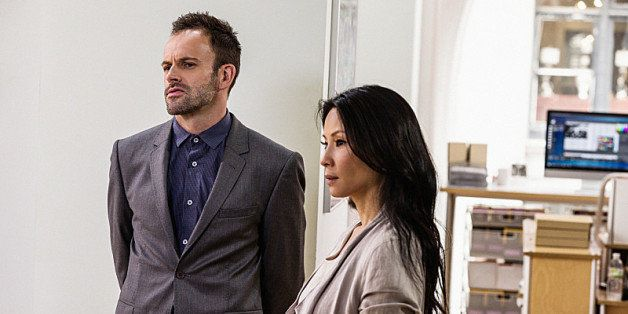 Why Watson And Sherlock Won't Fall In Love On 'Elementary' | HuffPost