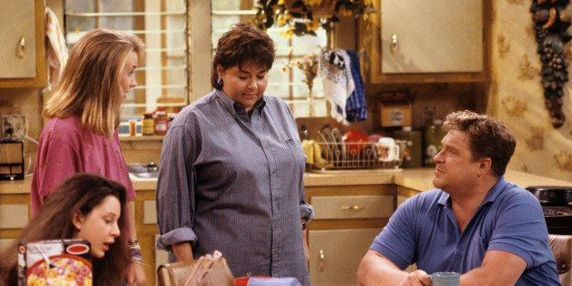 UNITED STATES - MARCH 04:  ROSEANNE- 'The Test' 9/18/90 Sara Gilbert, Alicia Goranson, Roseanne Barr, John Goodman  (Photo by
