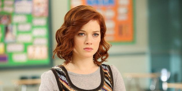 SUBURGATORY - 'Foam Finger' - When Dalia decides that her dad's fiancée is her new best friend, the KKK (Kimantha, Kenzie and