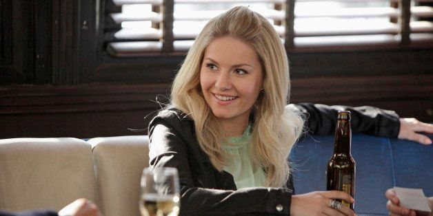 HAPPY ENDINGS - 'The Storm Before the Calm' - Penny insists that she's fine after her breakup with Pete, but the gang begin t