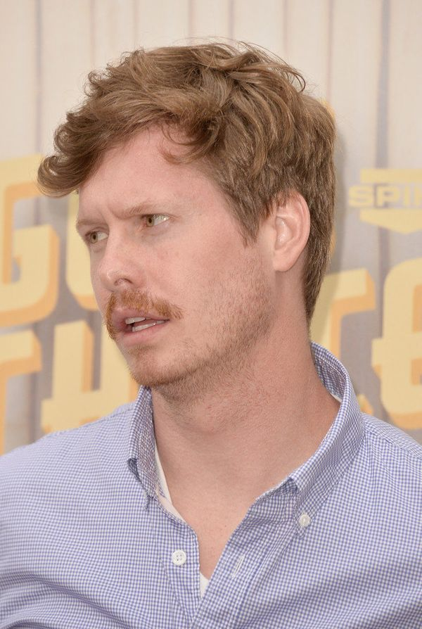"Ders! The ""Workaholics"" dude will join the cast as Gavin, Sally's soon-to-be-ex-husband. <a href=""http://tvline.com/2014/03/1"