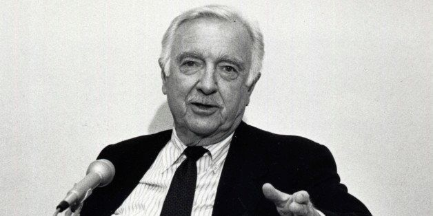 Former CBS News anchor Walter Cronkite speaks to reporters at a news conference at Arizona State University's School of Journ