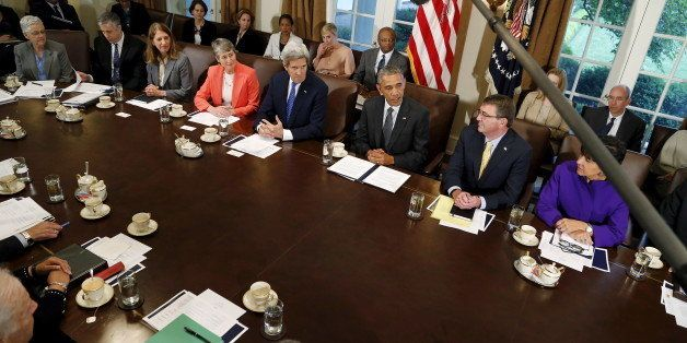 U.S. President Barack Obama (C) holds a cabinet meeting at the White House in Washington May 21, 2015. Also pictured are Envi