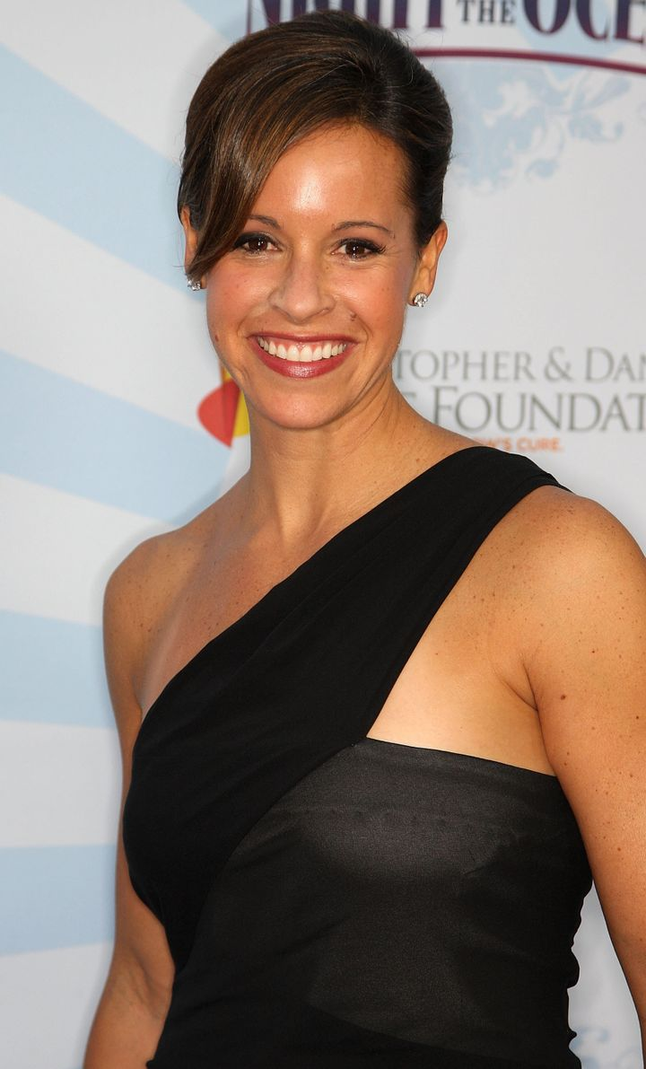 HOLLYWOOD - OCTOBER 04: Reporter Jenna Wolfe attends the Life Rolls on Foundation's sixth annual Night by the Ocean gala at t