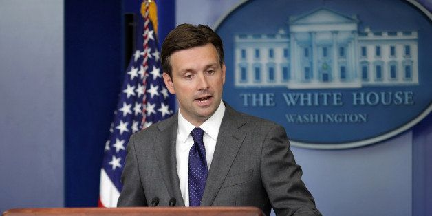 WASHINGTON, DC - AUGUST 29:  White House Principal Deputy Press Secretary Josh Earnest answers questions during the daily med