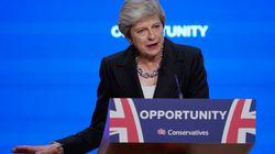 Theresa May, optimiste, continue à défendre son plan pour le