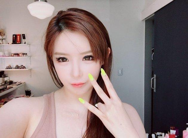 박봄이 5년 만에 방송