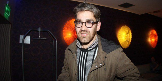 US journalist Simon Ostrovsky, who was abducted and held by pro-Kremlin rebels in east Ukraine this week, arrives in a hotel
