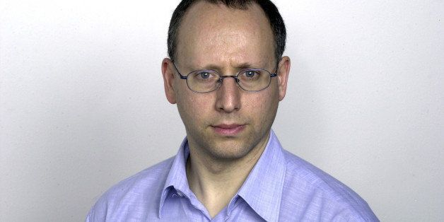 Portrait of Steve Rosenberg, BBC correspondent in Moscow. Photo taken 28/10/2004. (Photo by Jeff Overs/BBC News & Current Aff
