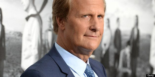 HOLLYWOOD, CA - JULY 10:  Actor Jeff Daniels attends the premiere of HBO's 'The Newsroom' Season 2 at Paramount Theater on th