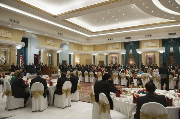 Guests attend a State Dinner in honor of US President Barack Obama at Rashtrapati Bhawan, the Presidential Palace, in New Del