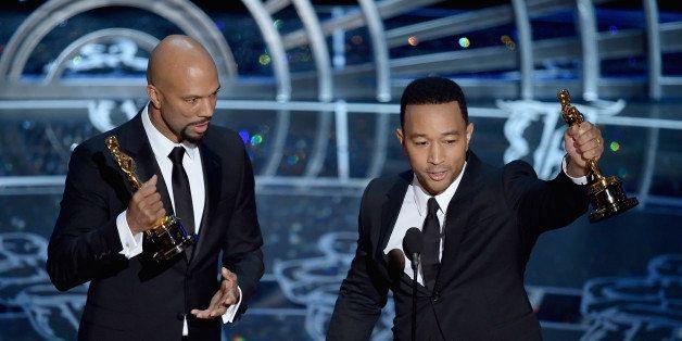 HOLLYWOOD, CA - FEBRUARY 22:  Lonnie Lynn aka Common and John Stephens aka John Legend accept the Best Original Song Award fo
