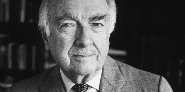 circa 1985:  Portrait of American broadcast journalist Walter Cronkite holding a pipe.  (Photo by CBS Photo Archive/Getty Ima