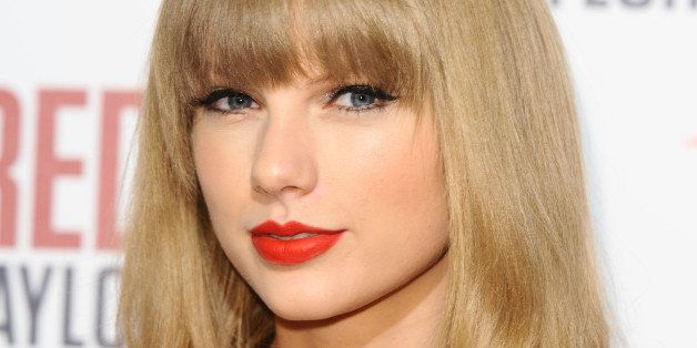 Taylor Swift before she turns on the Christmas Lights at Westfield Shepherd's Bush, London. 06/11/2012 Picture by: Steve Vas