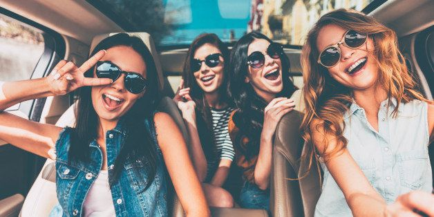 women looking for friendship